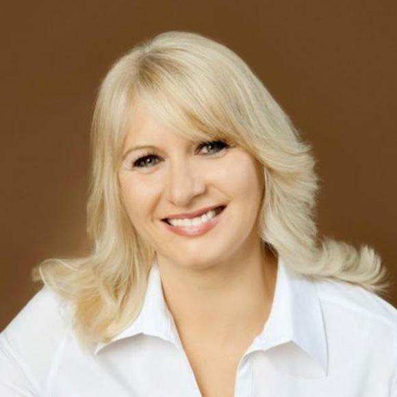 Dorota Beate Weindl